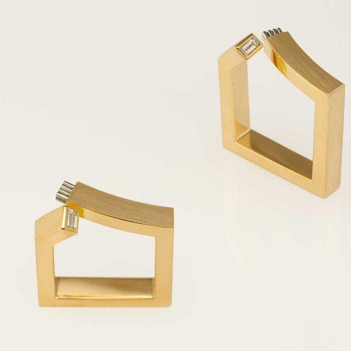 Fiber - Square Custom 18k & 19k Modern Right Hand Ring w Baguette Diamond - NEWA Goldsmith