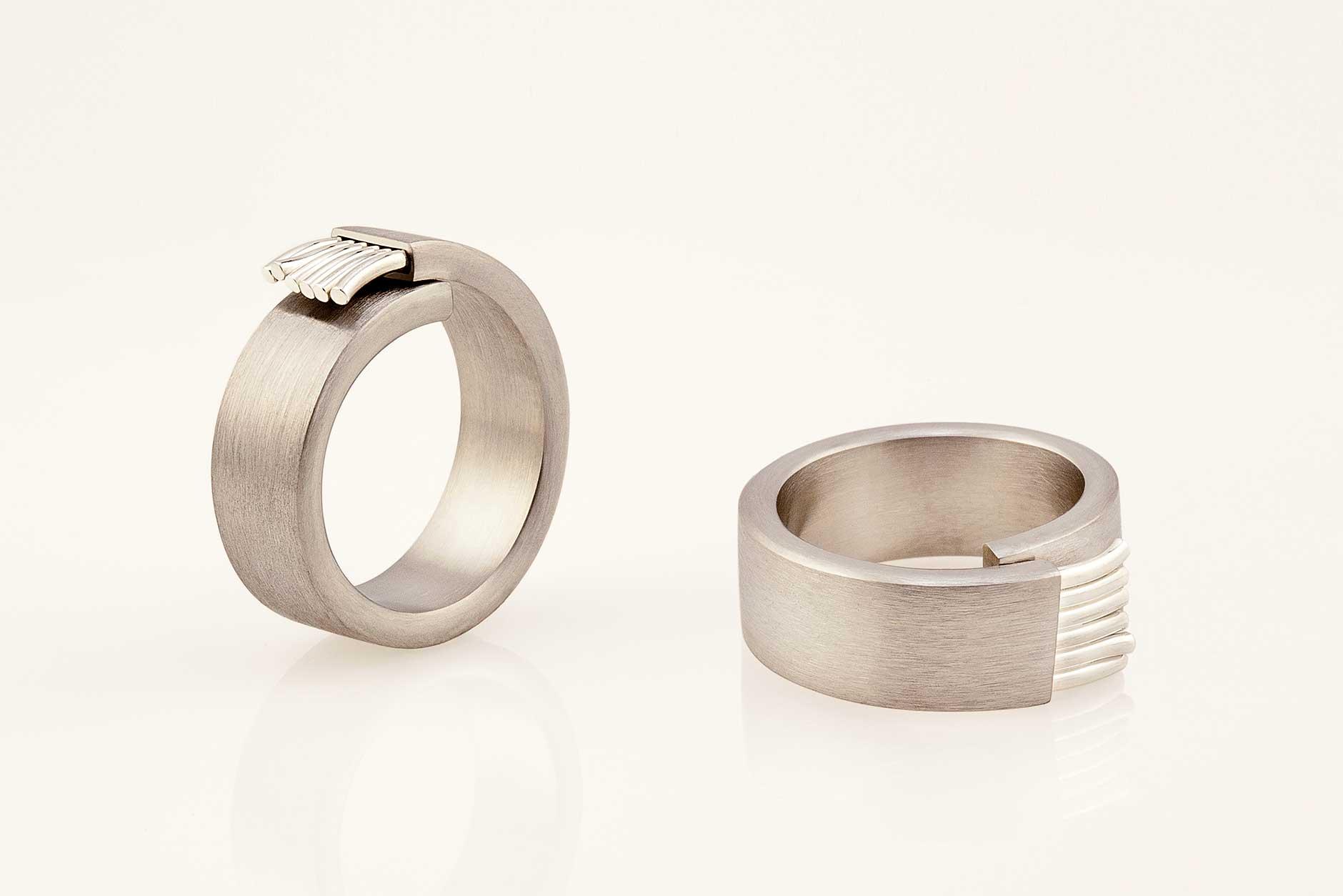 Fiber handmade silver and 19k white gold ring - NEWA Goldsmith