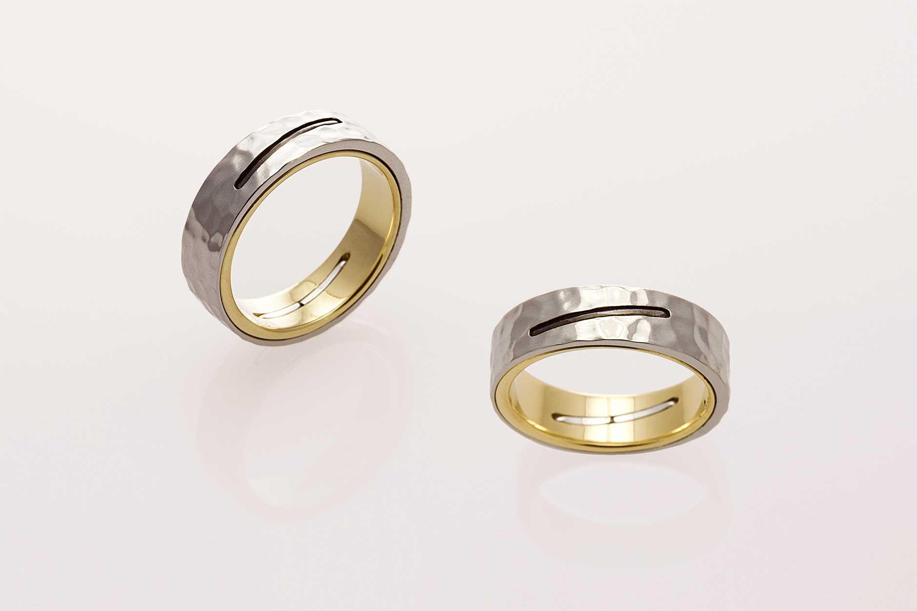 STAPLE 18k & 19k Custom Two Tone Hammered Mens Wedding Band - NÉWA Goldsmith