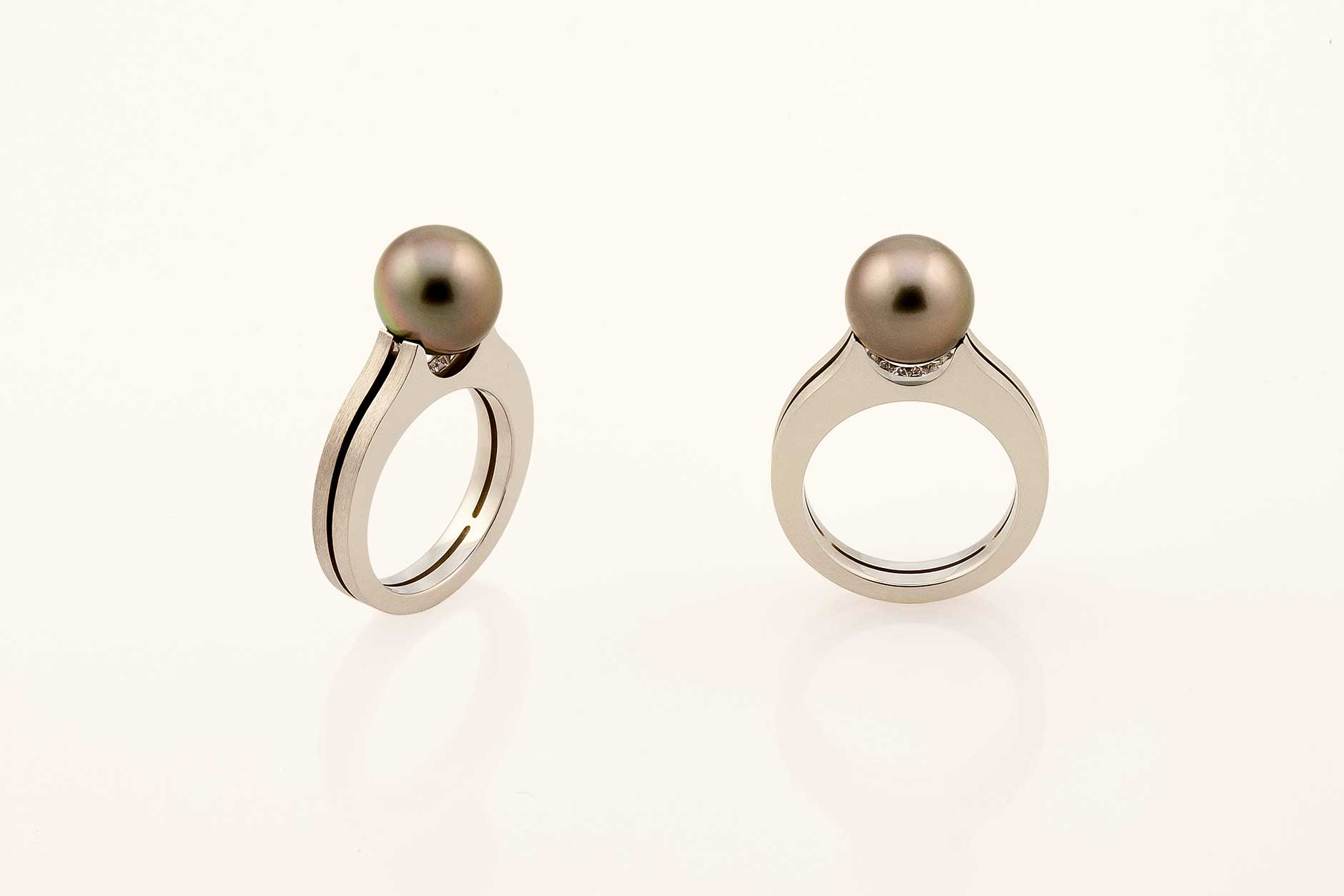 Piranha - 19k White Gold Custom Tahitian Pearl Ring - NÉWA Goldsmith